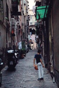 Une rue populaire de Naple